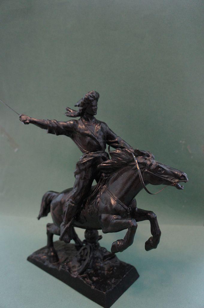 Статуэтка национального героя Башкортостана Салавата Юлаева