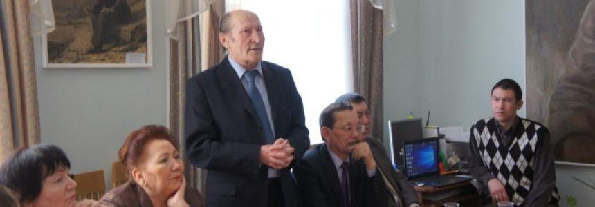 31января в Мемориальном доме-музее Мажита Гафури состоялась встреча с известным башкирским поэтом Хасаном Назаром