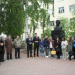 Заместитель директора НЛМ РБ Валеев Азамат принял участие в возложении цветов к бюсту А.С.Пушкина