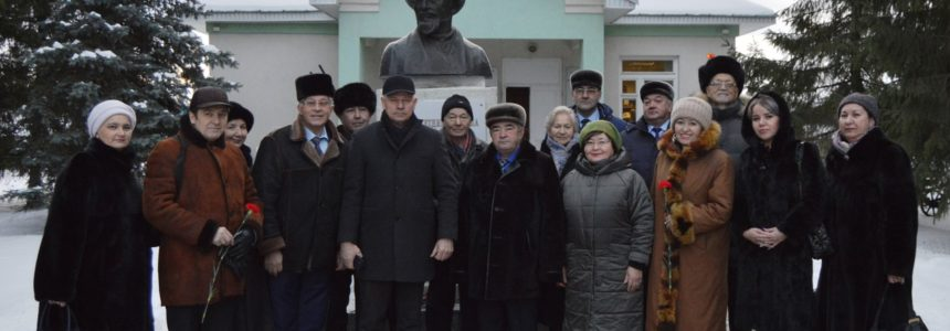 14 декабря в музее М. Акмуллы прошел творческий вечер, посвященный 177 –й годовщине со дня рождения великого башкирского поэта, просветителя Мифтахетдина Акмуллы